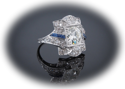 Art Deco ring with a 1.37 ct diamond with sapphires and diamonds in platinum