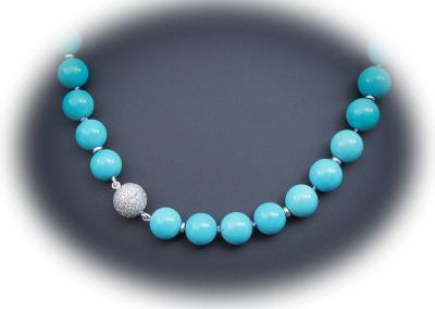 Turquoise necklace with diamond clasp