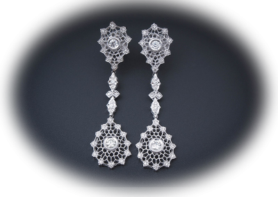Earrings with 1.41ct diamonds in 18kt white gold
