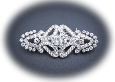 Brooch with 8 cts of diamonds