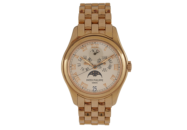 Patek Philippe Annual Calendar 5036 in 18K rose gold - Front