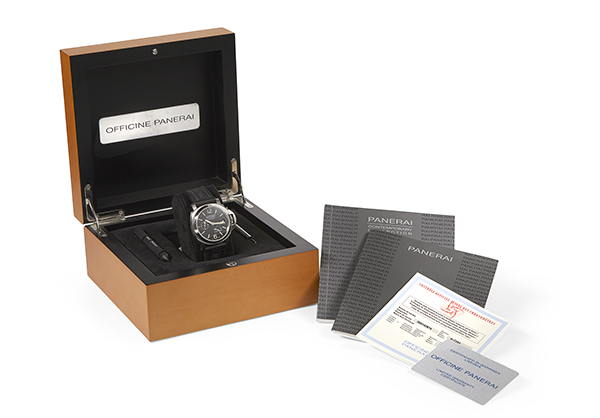 Panerai Luminor Power Reserve in Stainless Steel with rubber strap - Box
