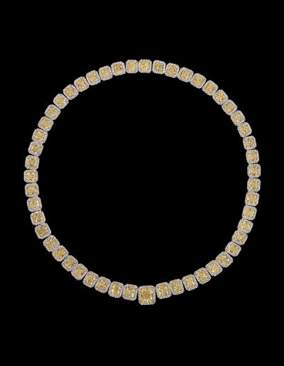 Necklace with 57.84 carats of fancy yellow diamonds and 9.10 carats of white diamonds in 18kt white and yellow gold