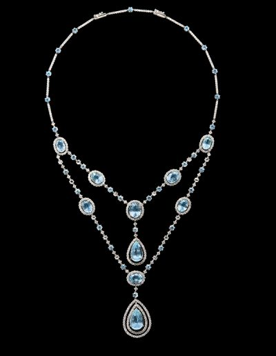Necklace with 30 carats of aquamarines and 8.57 carats of diamonds in 18kt white gold