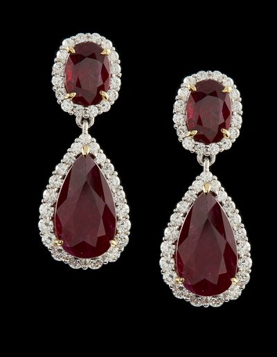 Earrings with 5.85 carats of rubies and 0.72 carats of diamonds in 18kt white gold
