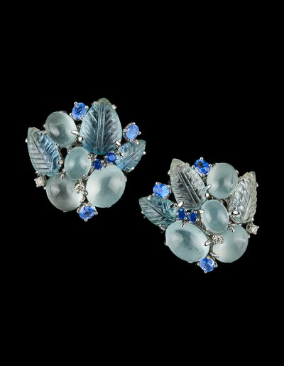 Earrings with 46.15 carats of carved and cabochon aquamarines and 2.41 carats of blue and white sapphires in 18kt white gold