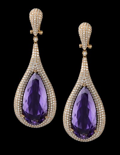 Earrings with 44.88 carats of amethysts and 6.05 carats of diamonds in 18kt rose gold