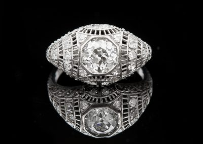 Art Deco ring with a 1.25 ct center Old European cut diamond in platinum