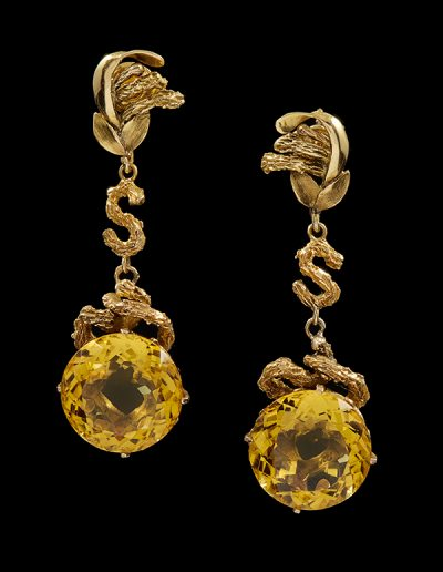 Drop earrings with citrine in 14kt yellow gold