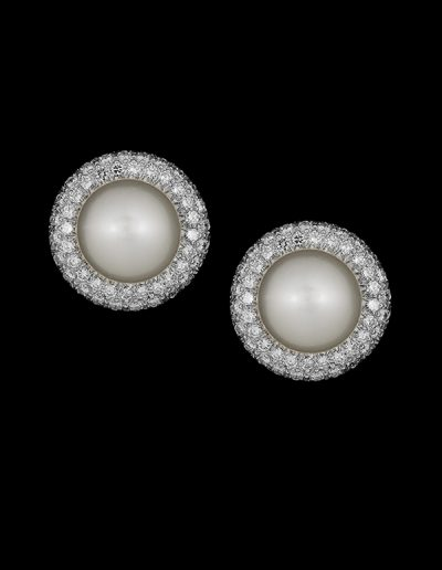 Earrings with South Sea pearls and 2.62 carats of diamonds in 18kt white gold