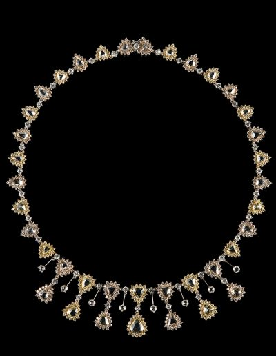 Necklace with 31.53 carats of rose cut and round diamonds in 18kt yellow white and rose gold