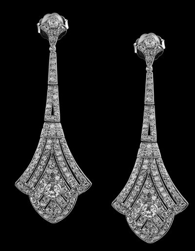 5 Earrings with 7.50 carats of diamonds in platinum