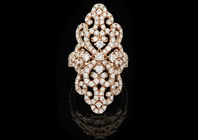 Ring with 2.80 carats of diamonds in 14kt rose gold
