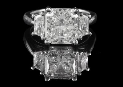 Ring with a 4.54 ct center diamond and 1.40 carats of side diamonds in platinum